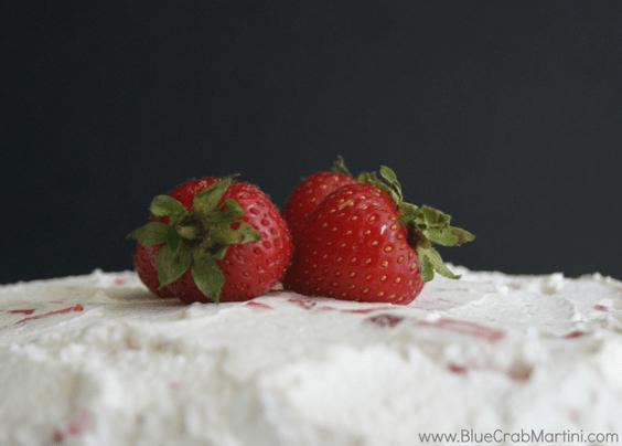 Vanilla Cake with Fresh Strawberries (Sugar & Gluten Free)