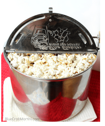 11 Weeks of Wonder #6- Peppermint Bark Popcorn