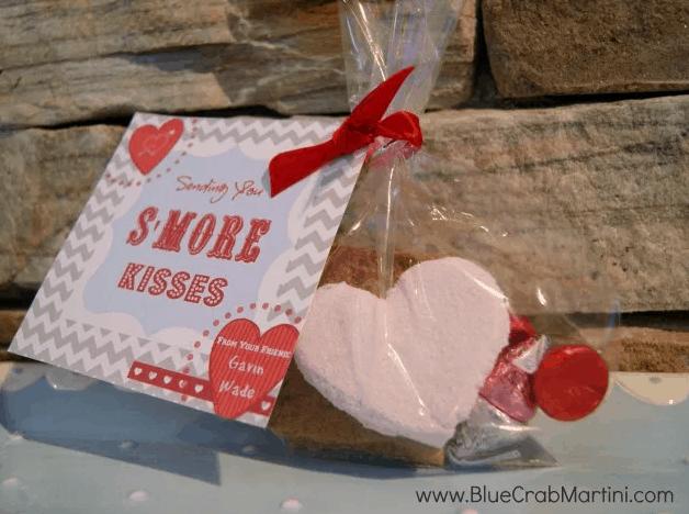 "Homemade Raspberry Marshmallows & ""S'more Kisses"" Valentine DIY"
